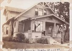 Damaged house - Long Beach earthquake - March 10, 1933 Long Gone, Old Abandoned Houses, Old Buildings, Long Beach, San Diego, California, House Styles, March, Places