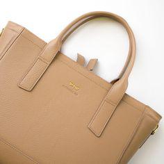 CARA leather bag