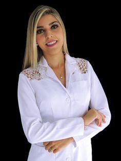 Jaleco Feminino Acinturado Gabardine Com Renda Guipir - Ateliê do Jaleco   Jalecos Diferenciados