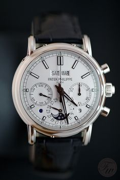 Patek Philippe 5402P - split seconds chronograph, perpetual calendar. platinum case. love Patek Philippe