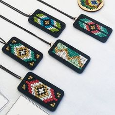 Latest Trend In Embroidery on Paper Ideas. Phenomenal Embroidery on Paper Ideas. Leather Embroidery, Paper Embroidery, Hand Embroidery Stitches, Embroidery Jewelry, Stitching Leather, Cross Stitch Embroidery, Cross Stitch Patterns, Mini Cross Stitch, Modern Cross Stitch
