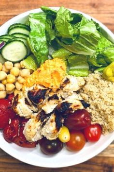 This healthy mediterranean bowl is the perfect meal prep lunch to make this week! Minimal cooking and all these fresh ingredients will give you that boost of energy you need to make it through the second half of the day. Perfect make ahead lunch or dinner, this healthy chicken and salad bowl is healthy and easy to grab and go.