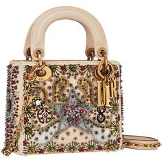 Introducing the Dior Cruise 2018 Bag Collection. Dior's newest collection presents a gypsy vibe including tarot prints. Inspired by the tarot cards of Dior Handbags, Best Handbags, Purses And Handbags, Luxury Purses, Luxury Bags, Sac Lady Dior, Christian Dior Bags, Fab Bag, Cute Purses