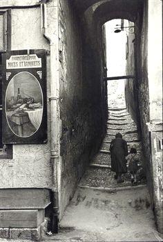 http://www.holaparis.com/que-ver-en-paris/monumentos Descubre la pagina si vienes hacer turismo en paris #holaparis #paris #turismo #francia #viajes #viajar #mochilero