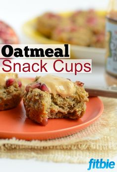 These pomegranate oatmeal snack cups from Fit Foodie Finds are not only cute, but they're healthy and super simple to make! | Fitbie.com