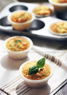 © Sarah Brunella - Muffins with lime curd and basil [italian blog, google translator]