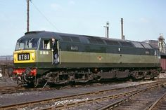Brand new Brush Type 4 Co-Co D1825 drops on to Kirkby-in-Ashfield shed on 30th March 1965. D1825 was from the batch of class 47's built without train heating for dedicated freight use and entered traffic on the 22nd March 1965, allocated to Toton. Withdrawn as 47344 in July 1999 it was broken up in February 2002 at EMR Kingsbury. From 1991 to 95 carried the name 'Chieftain'.