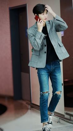 Korean Fashion Men, Korean Men, Korean Actors, Mens Fashion, Fashion Outfits, Sf9 Taeyang, Jung Hyun, Airport Style, Korean Outfits