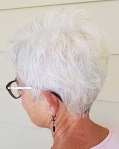 The Best Hairstyles and Haircuts for Women Over 70 Over 70 Layered Tapered Pixie Short Hairstyles Over 50, Mom Hairstyles, Short Hairstyles For Women, Short Thin Hair, Short Grey Hair, Short Pixie, Pixie Back, Short Blonde, Blonde Hair