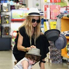 Stylist to the stars, Rachel Zoe hat shopping at Kitson with son Skyler.