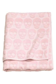 Bath towel: Bath towel in jacquard-weave cotton terry with a hanger on the short sides.