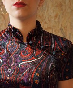 La Concubine / Robe Chinoise / Vintage / Made In France / Taille 1 / Velours / Imprimé Cachemire de la boutique LARELIGIEUSE sur Etsy