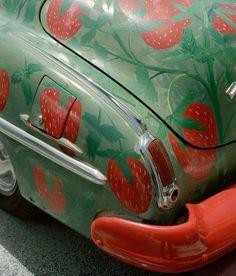 mollymatalon:  strawberry car,2013