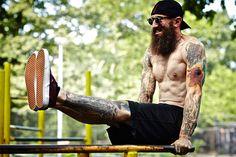 5 Bodyweight Staples Everyone Should Do - Bodybuilding.com