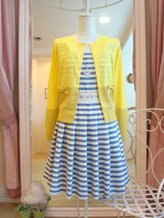 I love yellow and blue together. So fresh.  Emily Temple cute 名古屋店
