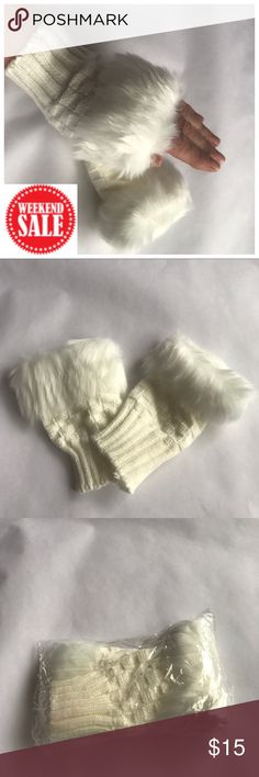 🔴ONE LEFT🔴Fingerless Faux Fur Hand Warmers 🔴 WEEKEND SALE. White, fingerless hand warmers with white faux fur. A great way to make a statement and keep your hands warm. These will best fit a small to medium hand. Accessories Gloves & Mittens