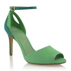Charles & Keith Online Store offers the latest fashion-forward ladies footwear and accessories for the chic and stylish. Bow Shoes, Me Too Shoes, Shoes Sandals, Sexy Heels, High Heels, Shoes World, Charles Keith, Wedding Heels, Green Shoes