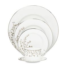 This elegant kate spade new york Gardner Street Platinum dinnerware collection features delicate platinum branches with dainty leaves sweeping over the sides of each piece. The fine bone china is edged in platinum for a beautiful finishing touch.