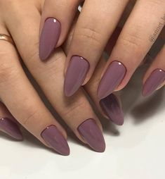 The pink nail art design can highlight the soft and sweet temperament of women.Pink nail art designs can be used in almost all occasions, not unassuming, but without losing grace. Nude Nails, White Nails, Pink Nails, Gel Nails, Nail Polish, Yellow Nails, Coffin Nails, Peach Nails, Stylish Nails