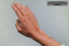 Hand chain facettes marbre rouge corail modèle 011 or ou argent DIY bijoux de main bracelet bague : Bracelet par sheherazadedesign