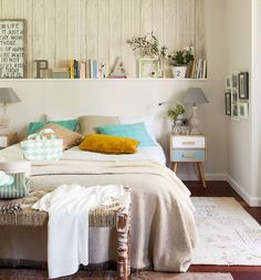 Do You Like An Ideas For Scandinavian Bedroom In Your Home? If you want to have An Amazing Scandinavian Bedroom Design Ideas in your home. Master Bedroom Design, Home Bedroom, Bedroom Decor, Bedroom Interiors, Beach Bedding Sets, Suites, Bedroom Styles, Beautiful Bedrooms, Home Remodeling