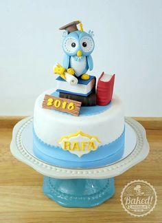 Owl graduation cake. More