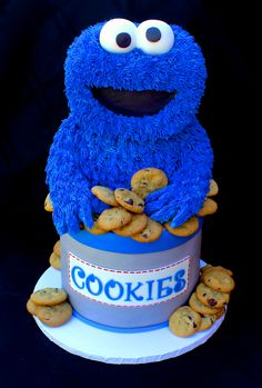 Cookie Monster Cake  www.facebook.com/i.love.cuteology.cakes