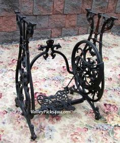Vintage Cast Iron Industrial Butterfly Table Base Stand ~Eldredge Sewing Machine
