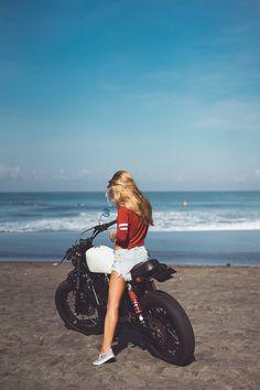 Travelman Girl and Vintage Motorcycles on Creative Market – мото – Motorrad Motorcycle Posters, Motorcycle Shop, Motorcycle Style, Motorcycle Outfit, Motorcycle Goggles, Retro Motorcycle, Women Motorcycle, Motorcycle Garage, Motorcycle Jacket