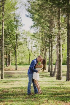 Best engagement photos | Poses you want for your engagement session | Grand Junction photographer amanda.matilda.photography