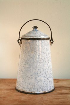 Graniteware Enamel Pot