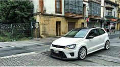 Vw Polo Modified, Polo R, Volkswagen Touran, Sport Seats, Driving School, Vw Cars, Running Gear, Cars And Motorcycles, Cool Cars