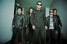 Avenged Sevenfold- zacky stole syn's hair again.