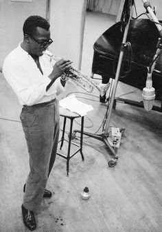 Miles Davis was a jazz trumpeter, bandleader, and composer. Davis revolutionised jazz in the and pioneering the jazz fusion, jazz-rock, and jazz-funk genres. Miles Davis, Jazz Artists, Jazz Musicians, Music Icon, My Music, Music Stuff, Rock Indie, Illinois, National Portrait Gallery