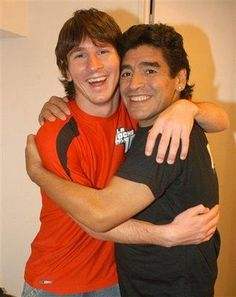 Leo Messi vs Diego Armando Maradona