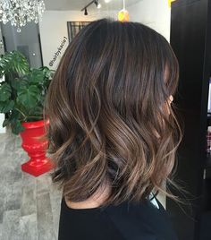 70 Brightest Medium Layered Haircuts to Light You Up - Long Razored Bob for Thick Hair - Medium Layered Haircuts, Bob Hairstyles For Thick, Short Haircuts, Braided Hairstyles, Wedding Hairstyles, Medium Hair Styles, Short Hair Styles, Balayage Straight, Brown Hair Colors