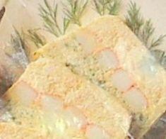 Voici une délicieuse terrine avec du bon surimi Coraya. Un vrai délice !  Une recette proposée par Pose.