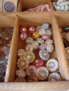 Lovely Rhinestone Buttons ❤❤❤
