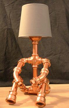 mignonne lampe en raccord de plomberie galvanis peinte couleur cuivre domcreat 39 s lampe. Black Bedroom Furniture Sets. Home Design Ideas