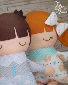 No automatic alt text available. Dora Doll, Baby Dolls For Kids, Baby's First Doll, Chicken Pattern, Unicorn Pillow, Patchwork Baby, Doll Sewing Patterns, Felt Toys, Soft Dolls