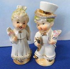 Bride and Groom Wedding Salt and Pepper by GrasshoppersTreasure