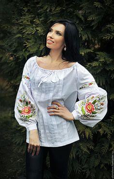 """Блузки ручной работы. Ярмарка Мастеров - ручная работа. Купить Вышитая белая блуза """"Утренний сад"""". Handmade. Белый"""