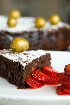 Gluten-Free Flourless Chocolate Cake. #food #gluten_free #cake