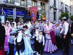 Trajes de Manolas y Chulapos. Fiestas de la Paloma, Madrid.