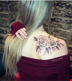 54 Cute Roses Tattoos Ideas Worth Checking Out - Page 42 of 54 - Ninja Cosmico Back Of Shoulder Tattoo, Shoulder Tattoos For Women, Flower Tattoo Shoulder, Back Tattoo Women, Shoulder Blade Tattoos, Neck Tattoos For Women, Cute Tattoos, Beautiful Tattoos, Body Art Tattoos