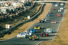Mark Donohue takes his Penske Porsche into the lead during the final Can-Am race of the season Real Racing, Sports Car Racing, Sport Cars, Race Cars, F1 Racing, Motor Sport, Riverside Raceway, Riverside County, Le Mans