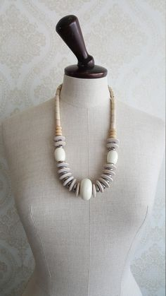 """Finnish Vintage Aarikka Necklace """"Viola"""" Made in the Bead Necklaces, Wooden Beads, Diy And Crafts, Metal, How To Make, Accessories, Vintage, Jewelry, Ideas"""