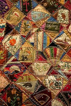 I ❤ crazy quilts . Close details of the crazy quilting embellishment and embroidery on the sewing tidy I made in 2003 closed. Patchwork Quilting, Crazy Quilting, Crazy Quilt Blocks, Quilt Stitching, Crazy Quilt Stitches, Quilts Vintage, Antique Quilts, Victorian Quilts, Old Quilts