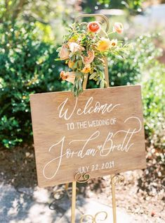 Rustic Wood Welcome Wedding Sign Garland Wedding, Wedding Reception Decorations, Wedding Table, Fall Wedding, Diy Wedding, Rustic Wedding, Wedding Ceremony, Wedding Ideas, Wedding Stuff