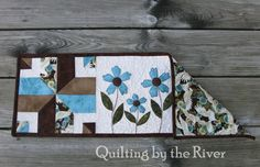Freemotion by the River: Periwinkle Runner